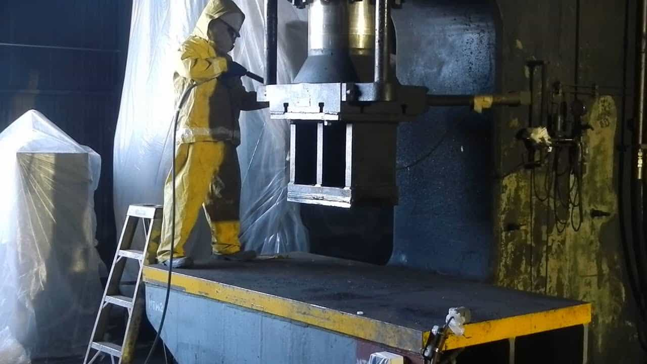 Industrial Cleaning Montreal and Longueuil