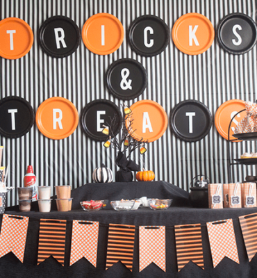 Halloween Party Decoration Tricks